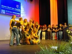 Darbietung der Tanzgruppe Stockum-P?schen
